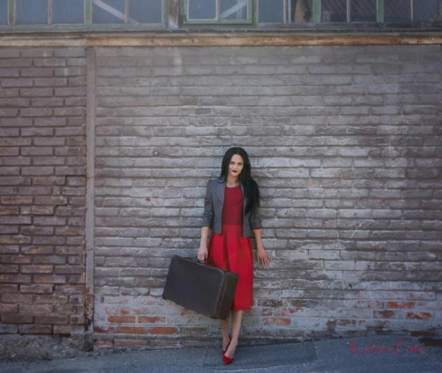 Justyna mit dem Koffer_DSC3893